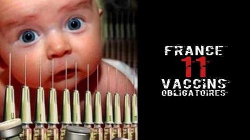 Sujet : vaccination. Sur l'image on voit un enfant terrorisé à l'idée de se faire vacciner. Il est marqué sur l'image : France 11 vaccins obligatoires